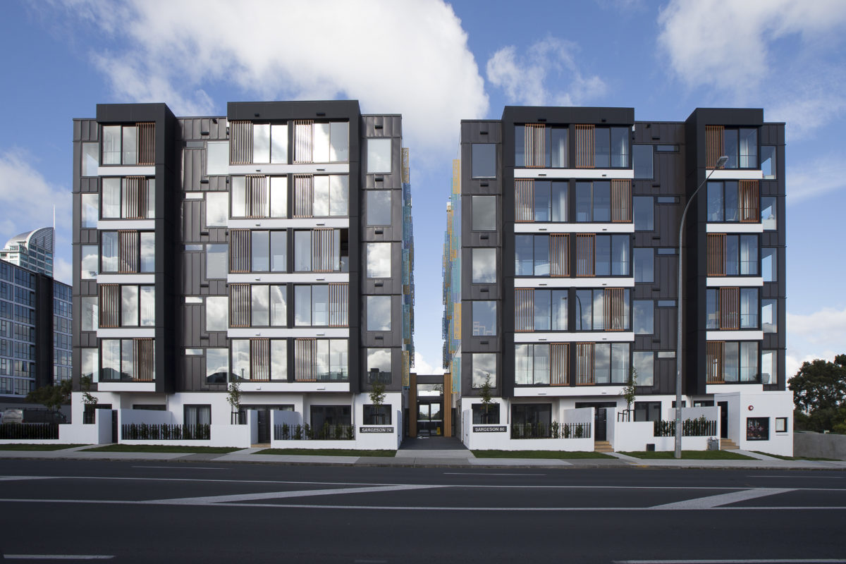 Sargeson Apartments Sps